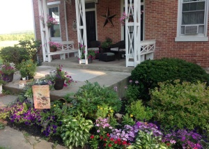 FRONT PORCH - Photo 2
